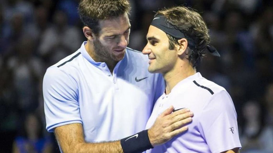 Roger Federer and Juan Martin del Potro, who is set to return next month from a knee injury, announced Tuesday they will play an exhibition match in Buenos Aires on November 20.