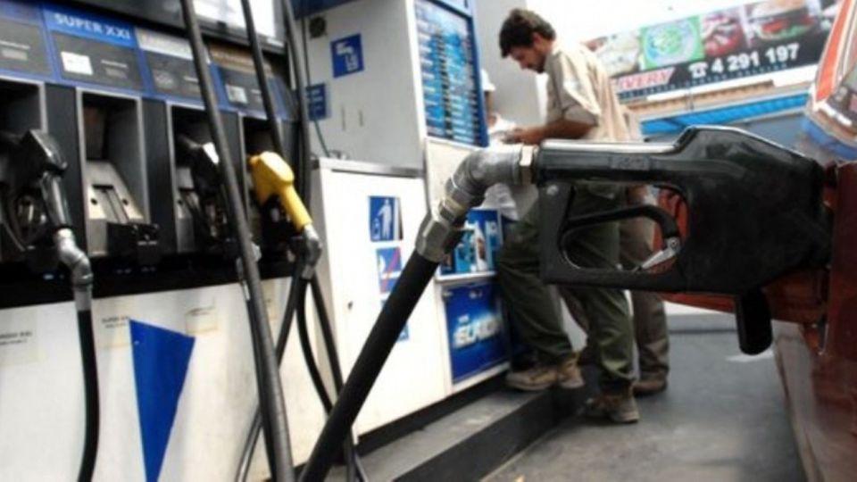 Imagen de carácter ilustrativo | Gabriel Bornoroni, presidente Federación de Expendedores, pidió que el Gobierno multe a las empresas que no entreguen combustible.