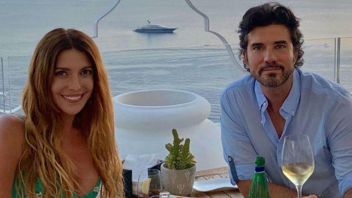 Las excéntricas vacaciones de Mónica Ayos y Diego Olivera en el sur de Italia
