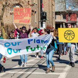 """En más de 150 países las personas saldrán a la calle para pedir que los responsables políticos y líderes mundiales """"escuchen a la ciencia"""" y tomen medidas urgentes para hacer frente al cambio climático."""