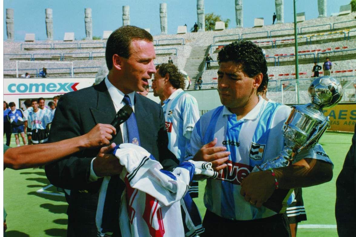 La tercera vez. En 1986, Fassi y Maradona compartieron el vestuario de Belgrano en el Chateau. En 1994 los reunió en Pachuca el Mundial de Fútbol Rápido. Esta semana vuelven a encontrarse por Talleres-Gimnasia.