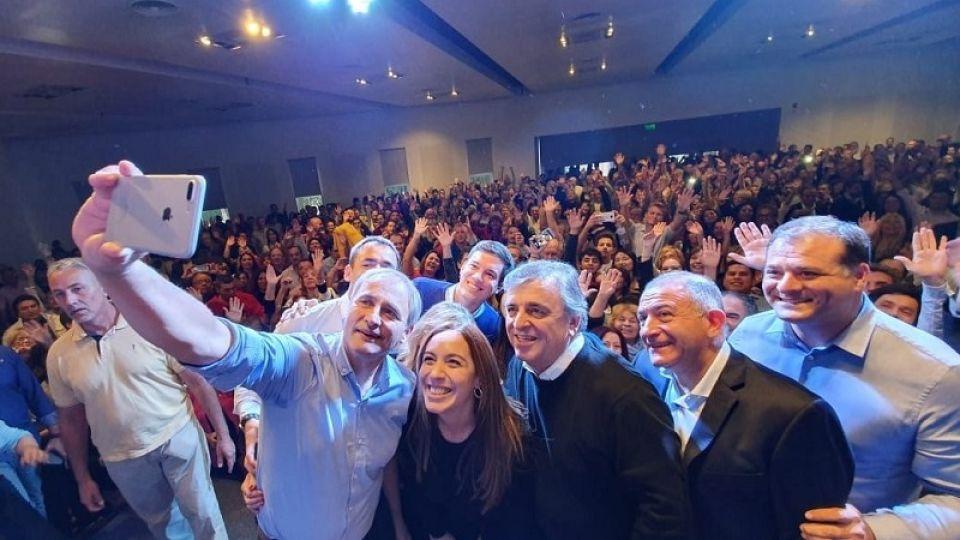 OTROS TIEMPOS. Todos con Vidal antes de la elección provincial en Córdoba.