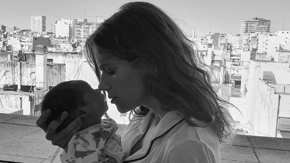 Violeta Urtizberea compartió la primera foto de su hija, Lila