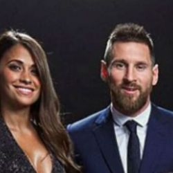 Leo Messi y Anto Roccuzzo en la ceremonia de The Best