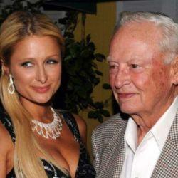 Paris Hilton junto al magnate
