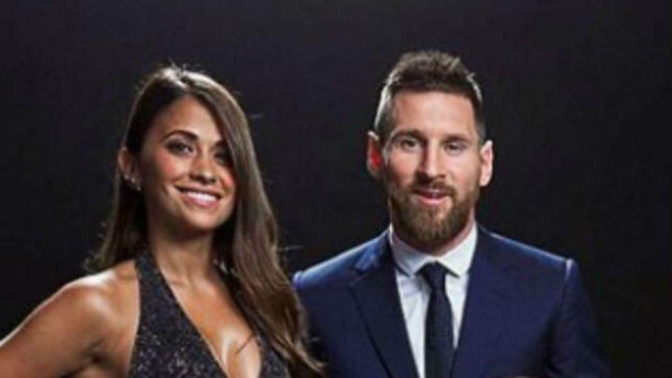 Leo Messi y Anto Roccuzzo en la ceremonia de The Best
