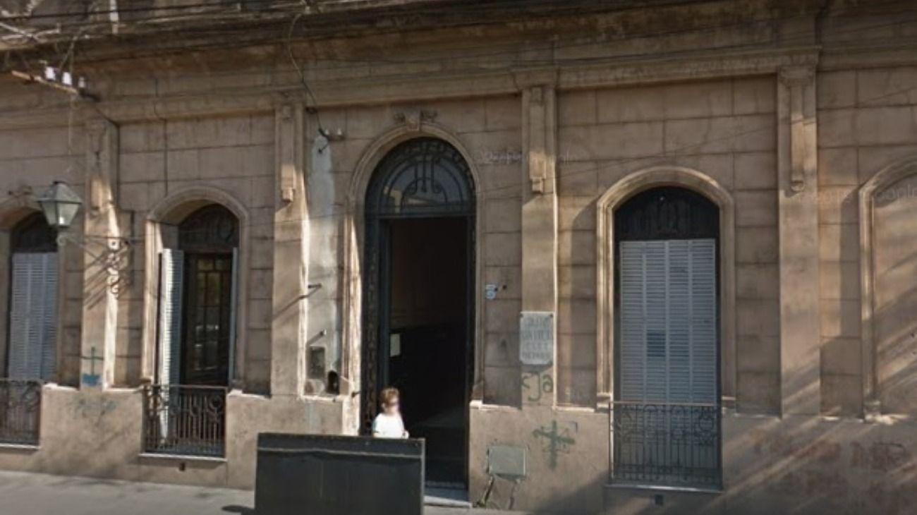 La fachada del Colegio San Lucas en Salta, donde le prohibieron el ingreso a un alumno porque adeudaba cuotas.