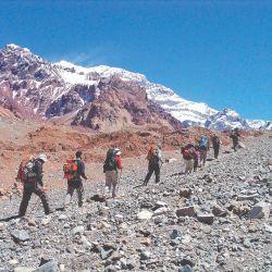 Recorrimos el anfiteatro del Aconcagua; para deleitar la vista y recrea parte de la gesta sanmartiniana.