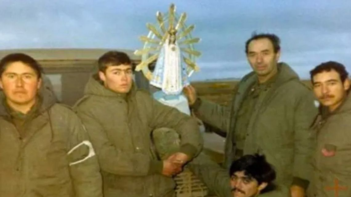 Argentine troops in the 1982 conflict they brought a replica of the 'La Virgen de Luján' statue with them to the islands.