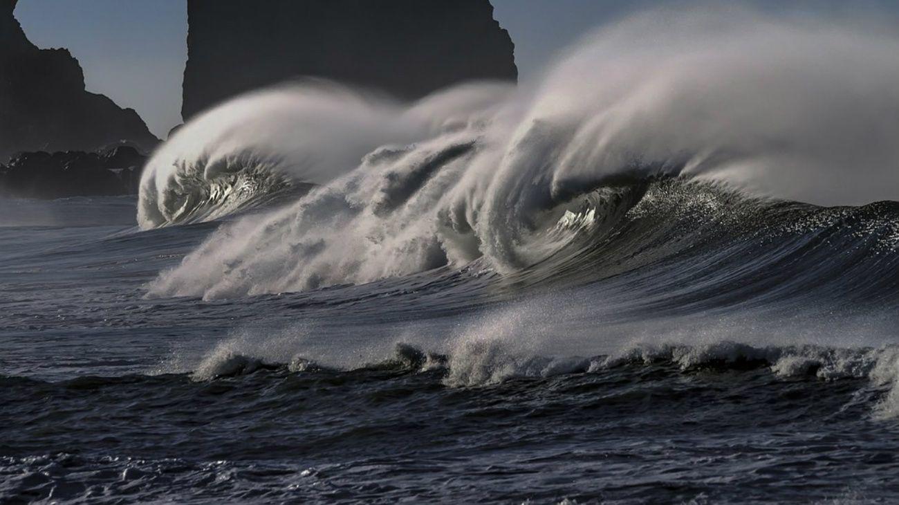 """Se pronostica que el nivel del mar seguirá subiendo """"durante siglos"""". En concreto, el informe advierte de que de aquí a 2100 el nivel del mar podría llegar a subir de 30 a 60 centímetros."""