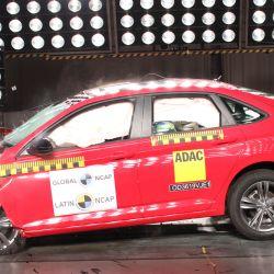 Test de impacto frontal del Volkswagen Vento. Crédito: Latin NCAP.