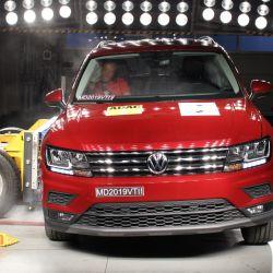 Prueba de impacto lateral del Volkswagen Tiguan Allspace. Crédito: Latin NCAP.