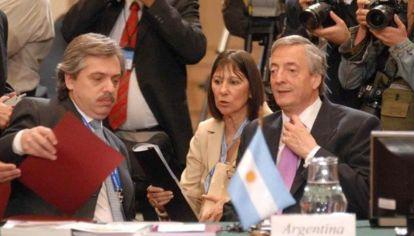 Alberto Fernández en su rol de jefe de Gabinete del entonces presidente Néstor Kirchner.