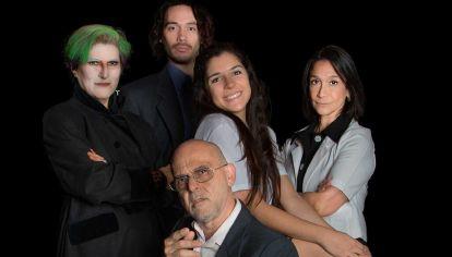"""Mónica Bucaglia, Antonella Pais, Lucas Dyckmans, Dalila Real y Leandro Rosati son los protagonizan de M.A.L. Mercados  Asociados Limitados, inspirada en """"Fausto"""" de Goethe."""