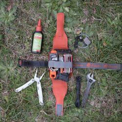 Un kit de herramientas y unos pocos repuestos nos facilitarán el mantenimiento y la mecánica en viaje.