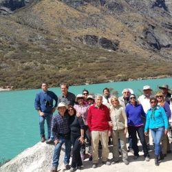 Ubicada en la sierra del departamento de Áncash, Perú, la Blanca forma parte de la Cordillera de los Andes y se extiende en dirección noroeste por unos 200 km.