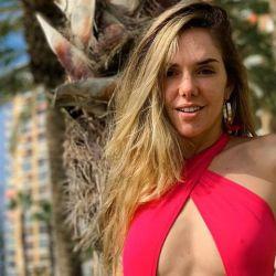 julieta nair calvo sexy en la playa