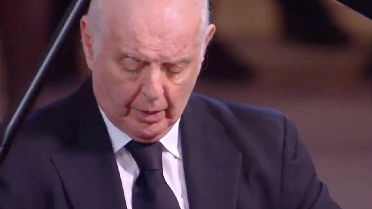 Daniel Barenboim fue elegido por Emmanuel Macron para despedir a Jacques Chirac