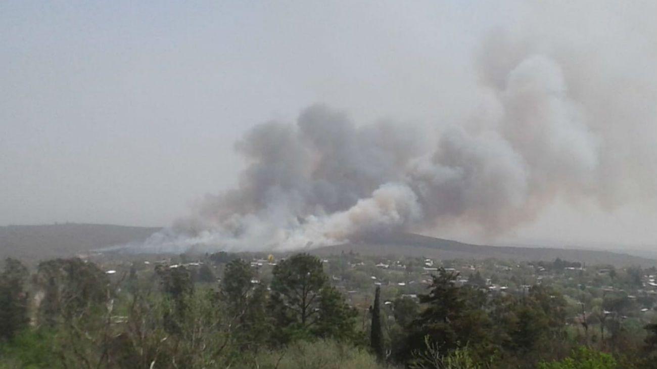 Incendios en Córdoba: hay cuatro focos activos y un detenido