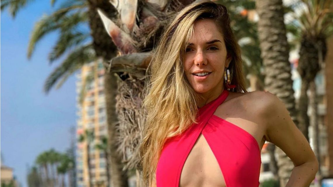 Julieta Nair Calvo incendió las redes con un video en las playas de España