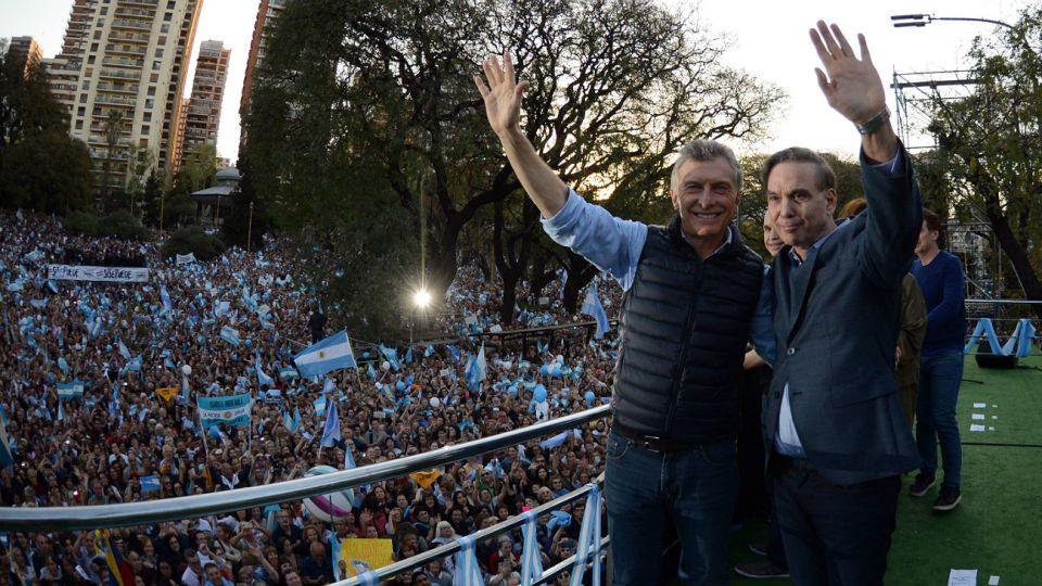 Macri y Pichetto retoman el raid de ciudades a visitar en campaña.