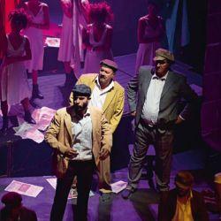 001-teatro