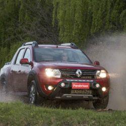 10° Renault Duster Oroch, 844 unidades patentadas en septiembre.