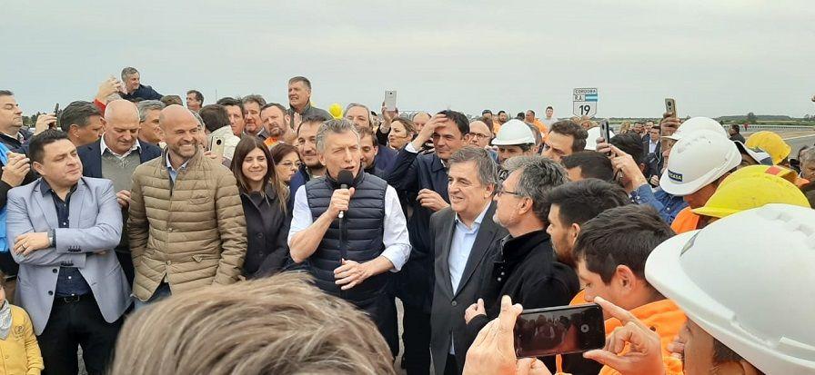 """Macri en Córdoba llamó a """"cuidar la democracia"""" de cara al 27 de octubre"""