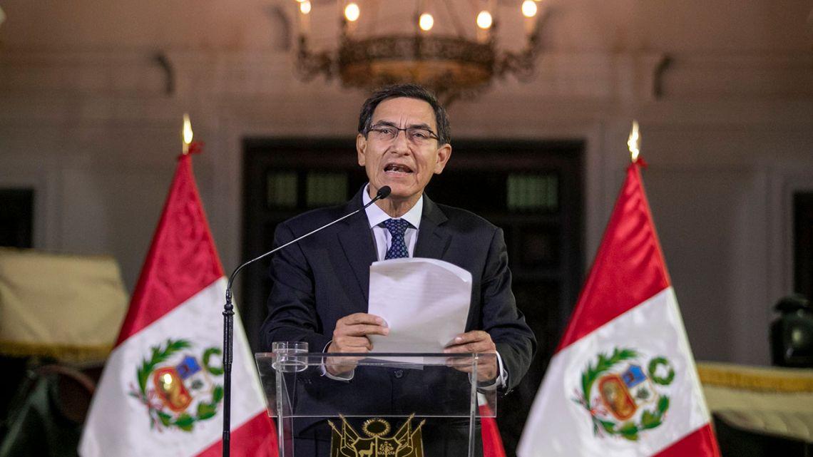 Peru President Martín Vizcarra addresses the nation.