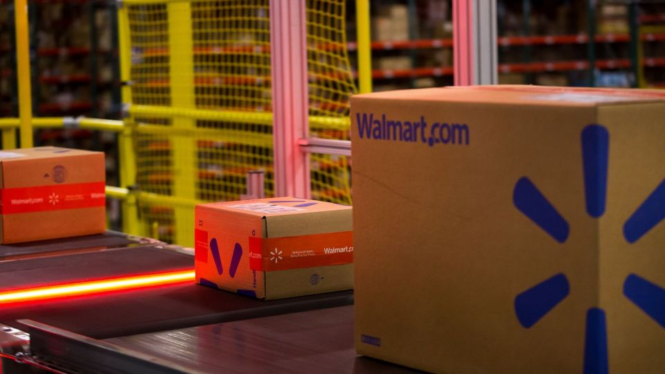 Walmart Teases One-Day Free Shipping in Response to Amazon (1)
