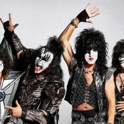 Conocidos por sus característicos e incomparables espectáculos, KISS ha demostrado durante décadas por qué son sin duda el show en vivo más emblemático del rock n roll