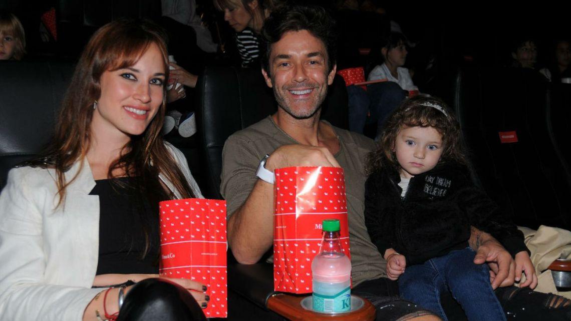 Mariano Martínez y Camila Cavallo con Alma