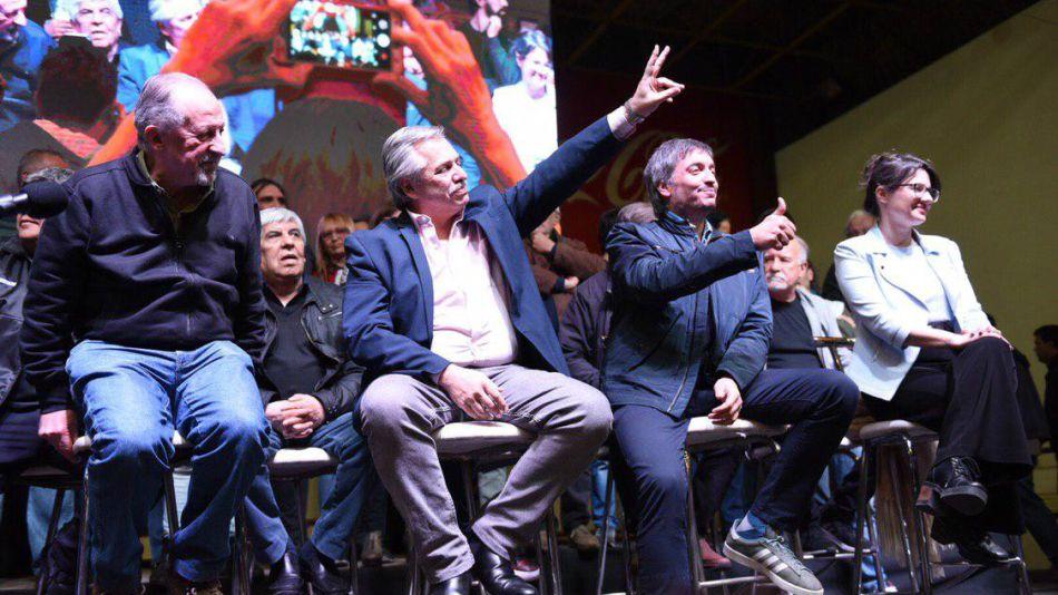 Hugo Yasky, Alberto Fernández, Máximo Kirchner y Gisela Marziotta, en el plenario de la CTA en Lanús.