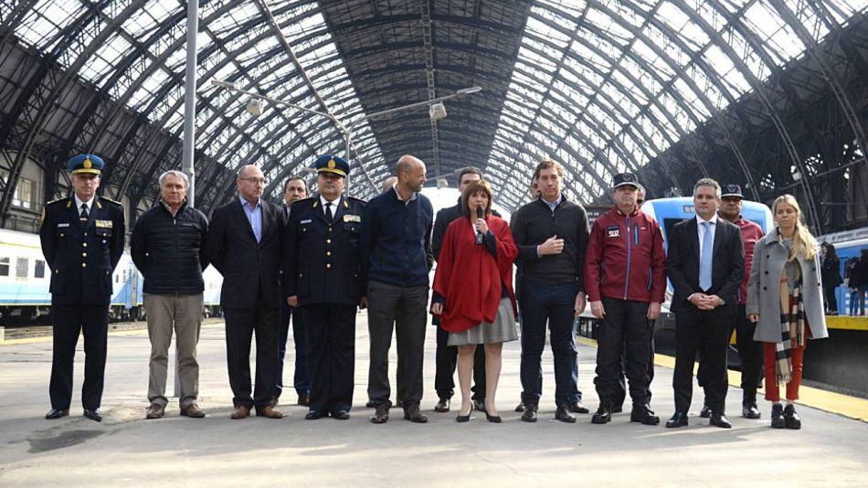 Polémica por la resolución que habilita a la Policía Federal a pedir DNI en los trenes