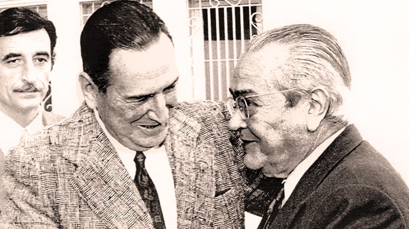 Histórico. Una foto que inmortalizó el abrazo entre Perón y Ricardo Balbín.