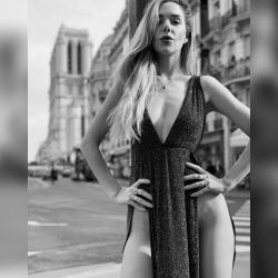 Julieta Nair Calvo en París