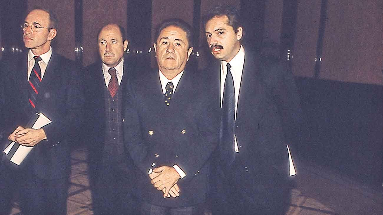 Con Alberto Fernandez. El candidato del Frente de Todos es para Duhalde el virtual presidente electo. Propone un gran pacto.