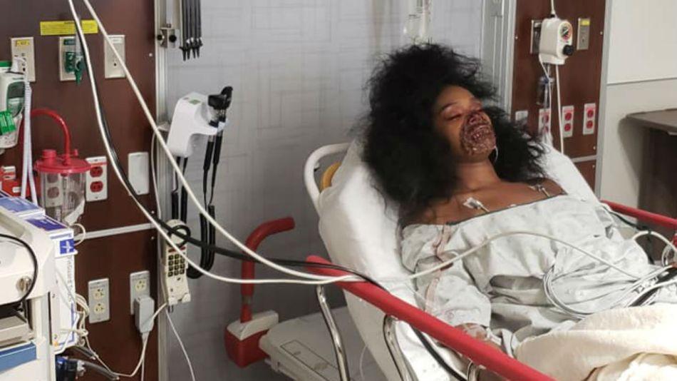 Jai Fears en la sala de emergencias del hospital.