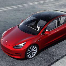 Los nuevos autos eléctricos de tesla podrían emitir sonidos personalizados.