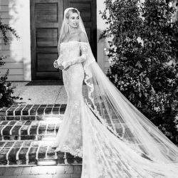 Justin Bieber y Hailey Baldwin compartieron fotos íntimas de su boda