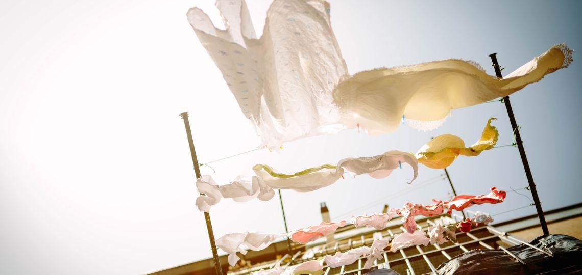 La razón por la que deberías dejar de lavar la ropa