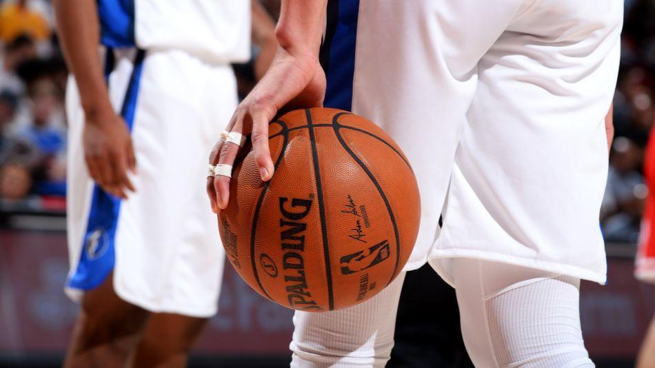 China Halts NBA Broadcasts as Anger Mounts Over Hong Kong Tweet