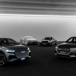 De izq a der: Audi e-tron, nuevo modelo, e-tron GT concept y Q4 e-tron.