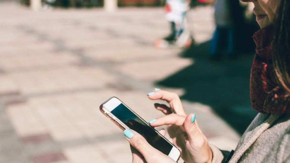 Capacitaron a educadores para abordar el sexting y la pornovenganza con los chicos.