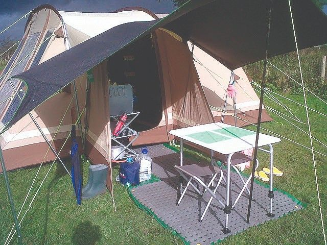 Camp 4 Tortuga Camping Stool//Table