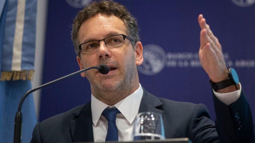 Sandleris presentará hoy el Informe sobre Política Monetaria