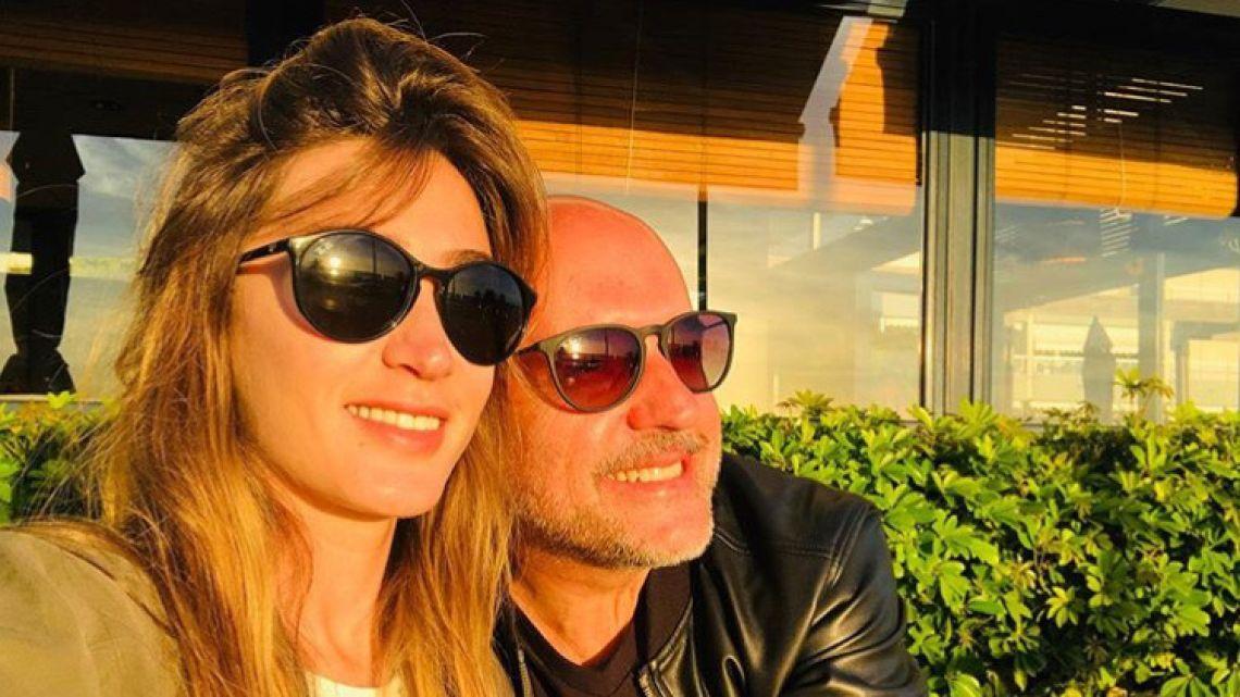 El Pelado López y su novia
