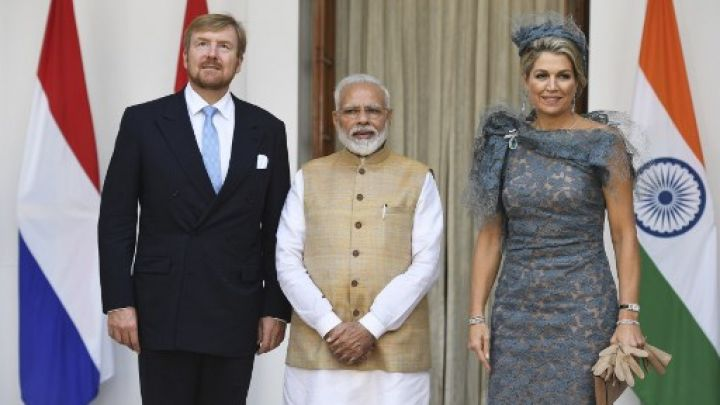 Máxima en India: bailes, flores y no makeup