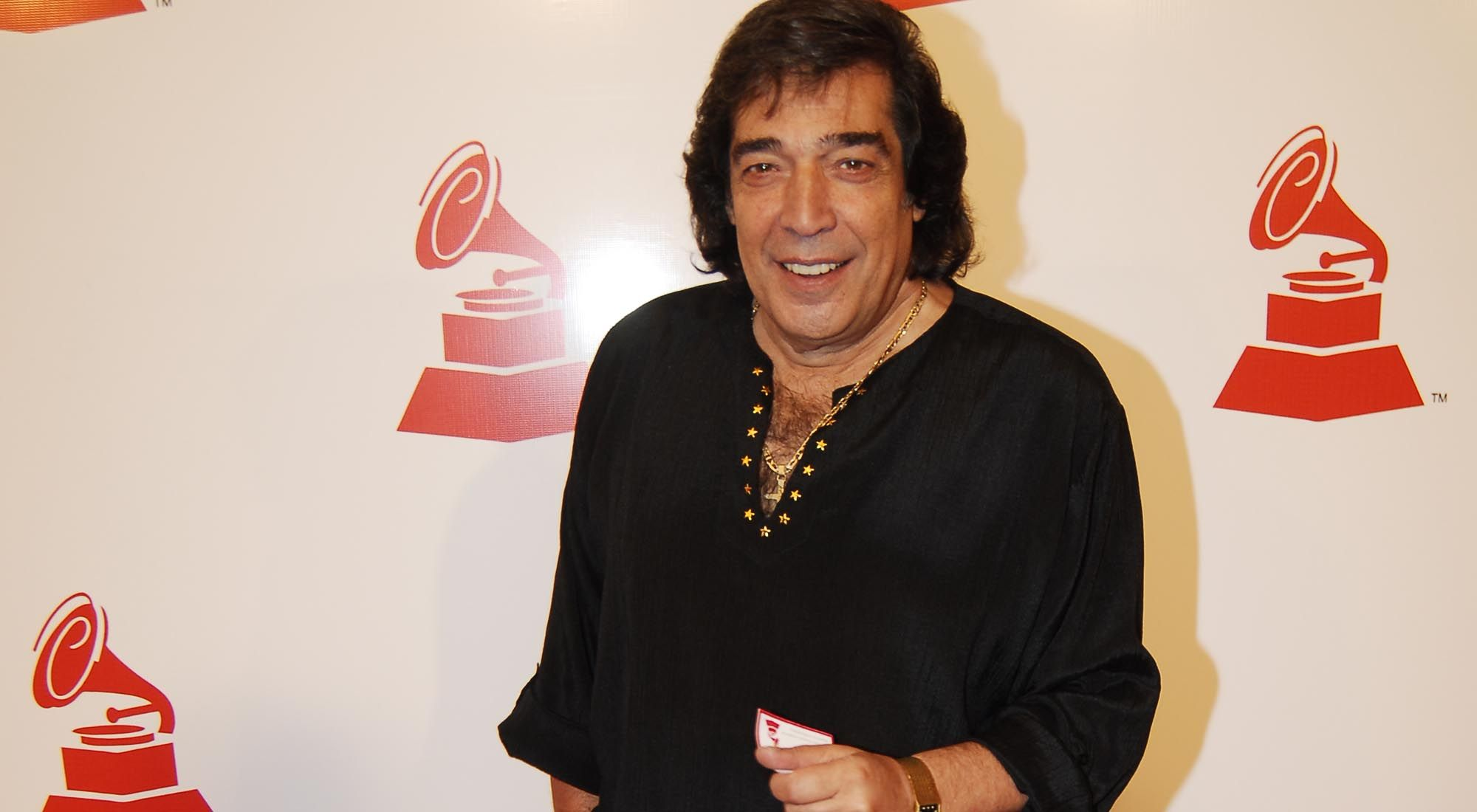 El cantante y compositor Cacho Castaña