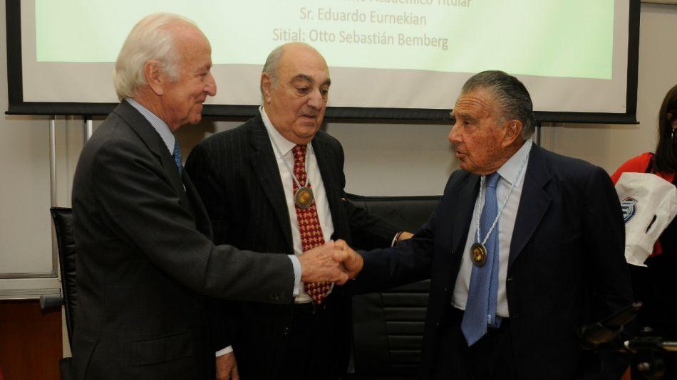 Eduardo Eurnekian fue distinguido por la Academia Nacional de Ciencias Empresariales como Académico Titular.